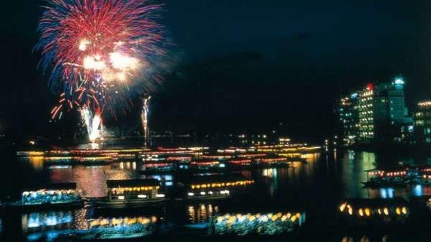 大分県日田市最大のイベント!日田川開き観光祭
