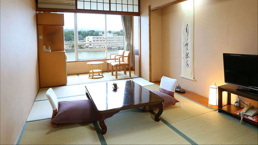 【B】標準川側和室