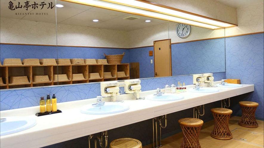 <展望浴場利用時間>15:00~24:00 6:00~10:00
