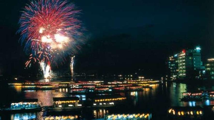 大分県日田市最大のイベント「日田川開き観光祭」