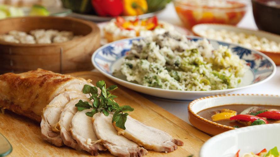 【夕食ブッフェイメージ】和食・洋食・中華のお料理をブッフェ形式にてご用意しております