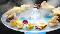 【夕食・逸品】猛暑時は焼き物の代わりに涼し気な器にお料理を盛り付けた逸品をお出しする日もございます。