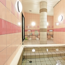 1日の疲れを癒してくれる女性大浴場