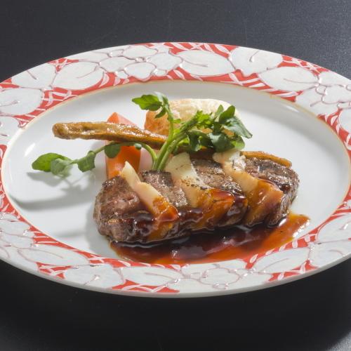 【春の味覚:肉料理】牛肉と竹の子の挟み焼