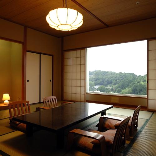 【和室12.5 畳】 バス・トイレ付き −富士山を望む−