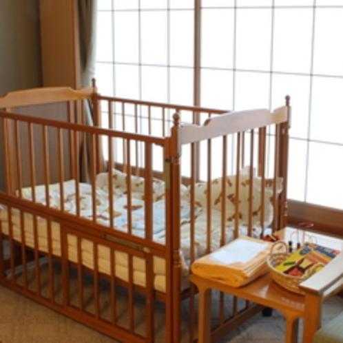 パパママ安心プランのお部屋に備えるベビーベッドと特典など