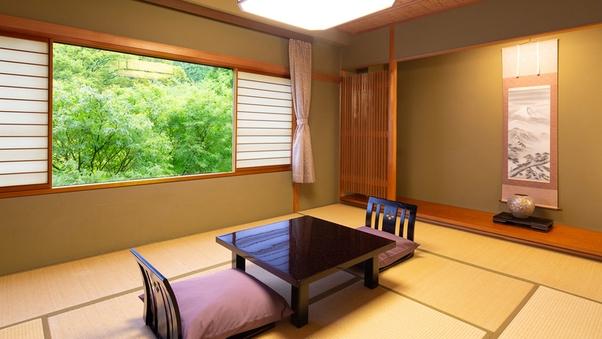 【和】和室(山側)7.5〜10畳+ユニットバス付き