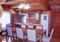 レンガ張りのステキな食堂