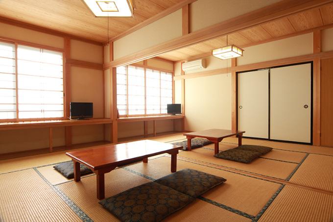 15畳和室(7.5畳2)のお部屋
