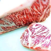 *岩手県藤沢産牛ステーキコース しっかりと刺しの入ったジューシーな牛肉です。
