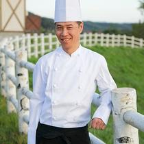 *館ヶ森高原ホテルシェフ/ここでしか味わえない素材を丁寧に調理いたします。