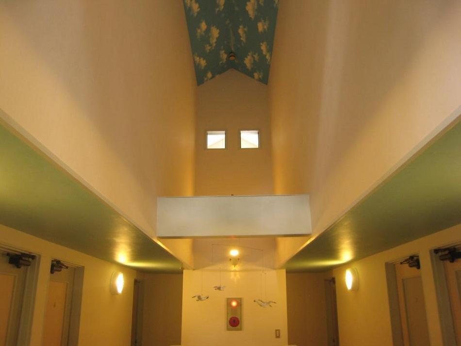 2階廊下吹き抜け