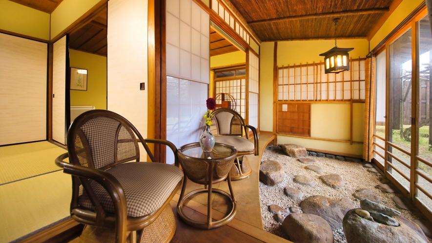 【天然泉露天風呂付き】特別和室/48~61平米 ~お部屋から庭園がご覧いただけます。
