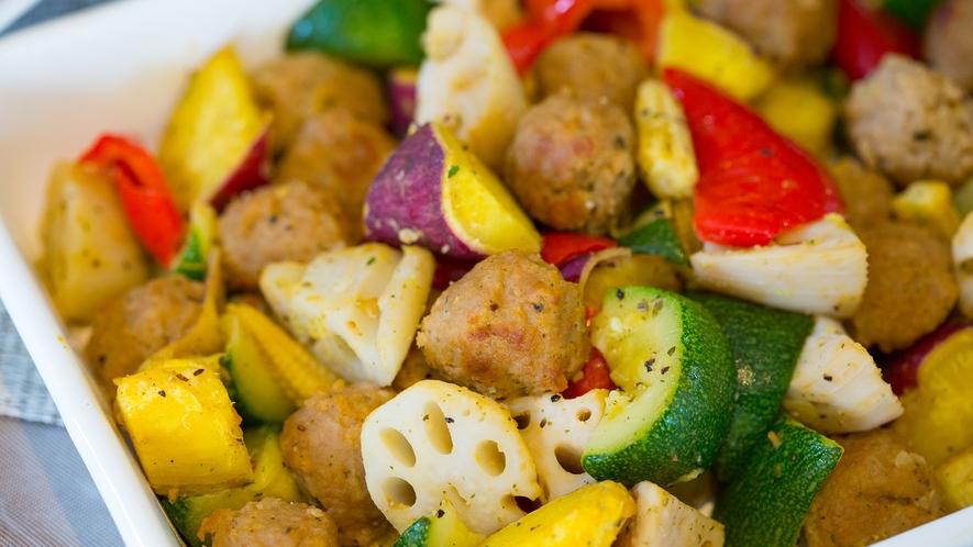 【朝食メニュー】ごろごろ野菜のバジル炒め
