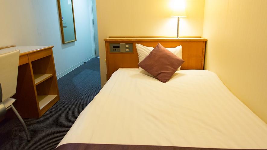 全室、ベッドサイズは110×180の広めのシングルサイズ