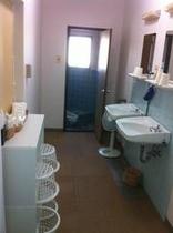 2F 男女入れ替え浴場:脱衣所