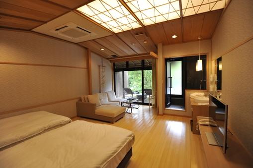 箱根外輪山を望む露天風呂付和洋室「桜花」(55平米)