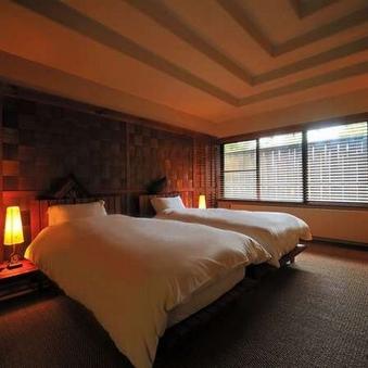 【露天風呂付】本間+ベッドルーム+リビング(83平米)E1