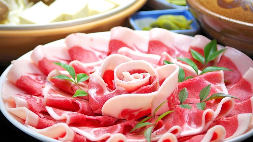*【ぼたん鍋】 貴重な猪のお肉をお召し上がりください。