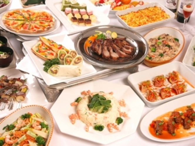 15種類の夕食バイキング