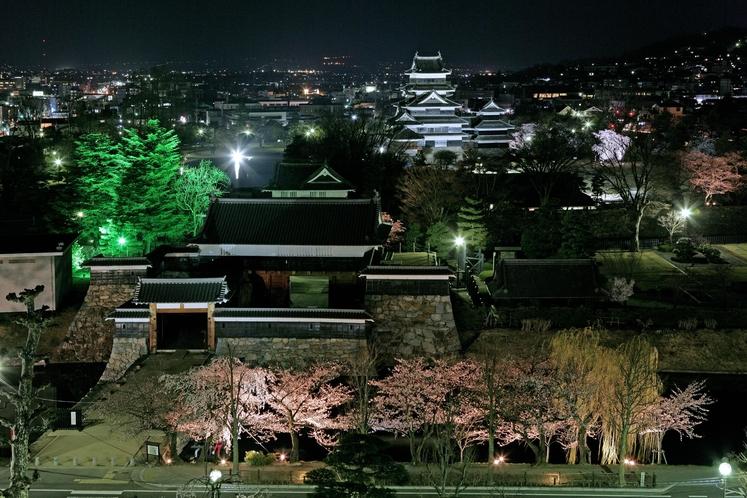 国宝松本城光の回廊