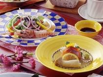 会席料理の一例 四季折々の食材をお出しします