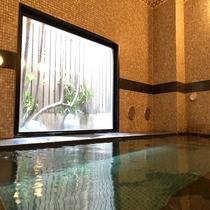 男性大浴場◇ラジウム人工温泉大浴場 ラジウムにより軟水化された、水当たりが軟らかく肌に潤いを与えます
