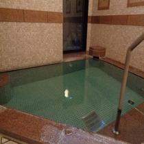 女性浴場画像