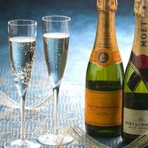 ちょっとしたお祝いにいかがですか?  シャンパン(イメージ)