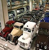 【日本自動車博物館】/お車で4分