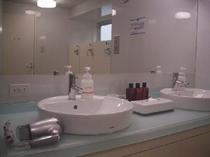 大浴場の洗面スペース