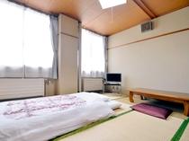 【客室/旧館和室8畳】