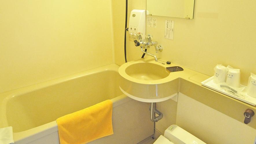 【客室】シンプルで使いやすい浴室。