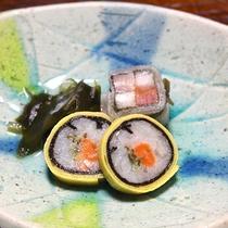 *【夕食一例】酢の物(鮭の金糸巻き)