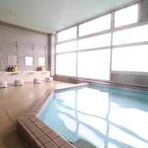 *【大浴場】「山出温泉(やまいだし)」の天然冷泉を使用
