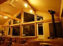 NZのテカポユースを参考にした大窓