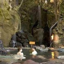 四季(とき)の湯温泉『混浴露天風呂(水着着用)』