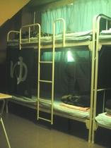 グループ・ファミリー4~5人部屋の室内①