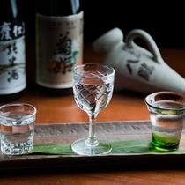 石川県自慢の地酒を飲み比べることが出来る「利き酒セット」