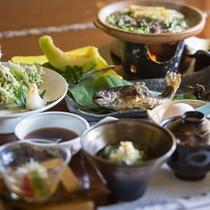 【会席料理】地元の食材をふんだんに使用した会席料理もご用意しております!