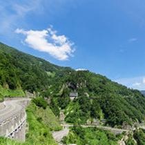 広大な緑広がる【白山白川郷ホワイトロード】春~夏にかけても緑が美しく、観光に人気!