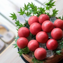 夏はウェルカムトマトをどうぞ。
