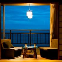 【一般客室 眺望】日本海を一望する眺めを、縁側でごゆっくりお楽しみ下さい
