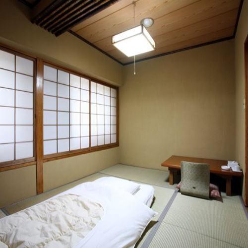 【和室】ビジネスホテルに和室?でも寛げるので隠れた人気部屋です。