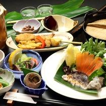 【キダカ鍋】種子島近海で獲れる『うつぼ』を使ったコラーゲンたっぷり『キダカ鍋料理』のコース一例