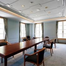 *会議スペース/多目的にご利用頂けるスペース。ご希望の際はお問い合わせ下さい。
