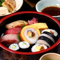 【特選コース】当コースにはお寿司も付いております。