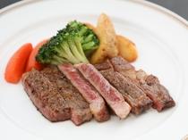 一品料理「国産和牛のカットステーキ」