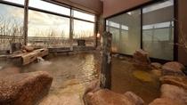 ◆男性大浴場露天風呂 宗谷海峡が一望できる天然温泉♪