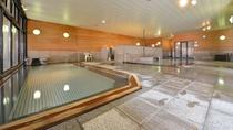 大浴場【木の湯】男女入れ替えですので「木の大浴場」、石の大浴場」の両方をご利用頂けます。